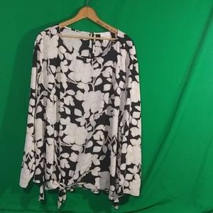 Ava & viv 4x black/white long sleeve blouse